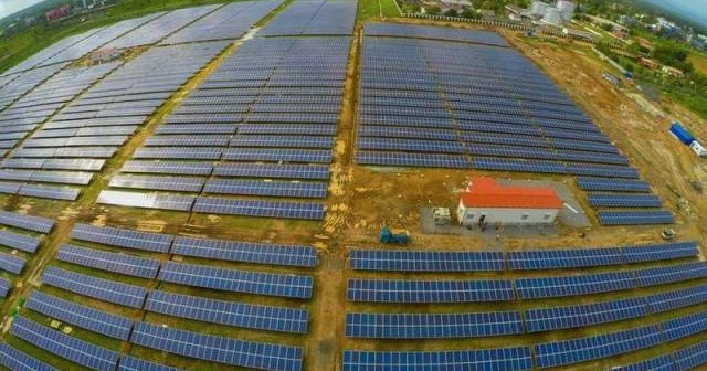 India reveals world's first 100 percent solar-powered airport